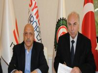 Akdeniz Karpaz Üniversitesi'nde burs protokolu
