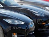 ABD'de Denetim Kurumu, 30 Tesla Kazasında Otomatik Pilot Sisteminin Etkisini İncelemiş