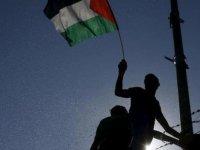 İsrail güçlerinden Filistinli göstericilere müdahale: 353 yaralı