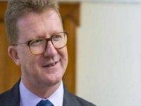 Britanya Yüksek Komiseri Lillie, Alagadi'deki Kaplumbağaları Koruma Çalışmalarını Yerinde İnceledi