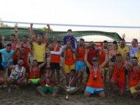 Amatör Plaj Voleybol Turnuvası Tamamladı