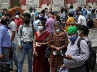 Hindistan'da son 24 saatte 42 bin 15 COVID-19 vakası belirlendi
