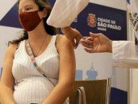 Pfizer-BioNTech aşısıyla ilgili çarpıcı araştırma: Süreyi uzatın