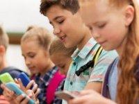 Sosyal Medya Hesabı Kaç Yaşında Açılmalı?