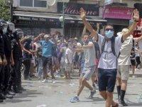 Covid-19 vakalarının arttığı Tunus'ta protestolar: Erken seçim çağrısı yapıldı