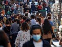 Fransa'da tartışmalı tasarıya onay: Covid-19 sağlık ruhsatı uygulamada; aşı olmayanın maaşı kesilebilecek