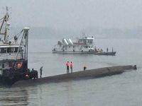 Çin'de 458 kişiyi taşıyan gemi battı