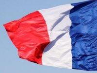Fransa'da tartışmalı yasa onaylandı