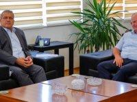 UBP Lefke Milletvekili Çaluda, Gazimağusa Belediye Başkanı Arter'i Ziyaret Etti