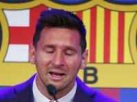 Messi Barcelona'ya gözyaşları içinde veda etti