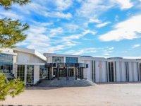 Türk Eczacıları Birliği, Yakın Doğu Üniversitesi Öğretim Üyesi Prof. Dr. K. Hüsnü Can Başer'e Yaşam Boyu Onur Ödülü Verdi