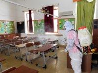 İskele'de okullar ilaçlandı
