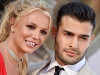 Britney Spears, İran doğumlu erkek arkadaşı Sam Asghari ile nişanlandı