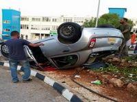 DAÜ'de kaza korkuttu... Araç takla attı...