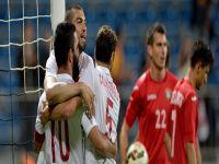 Türkiye'den farklı prova! 4 gol...