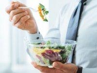 Pandemide her 5 kişiden 3'ü kilo aldı; şirketler kalori hesabı yapıyor