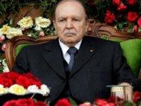 Cezayir eski Cumhurbaşkanı Buteflika hayatını kaybetti