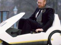 Evlerde bilgisayar, ceplerde hesap makinesi dönemini başlatan İngiliz mucit Sir Clive Sinclair kimdir?