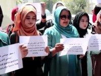 Afgan kadınlardan Taliban'a karşı protesto