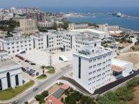 Girne Üniversitesi'nde yüz yüze eğitim COVID-19 önlemleriyle başladı
