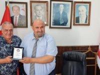 Larnaka Gençler Birliği'nden İskele Kaymakamı Toroslu'ya ziyaret