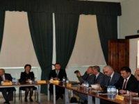 Bazı Kıbrıslı Türk ve Rum Siyasi Parti Temsilcileri Ara Bölgede Bir Araya Geldi