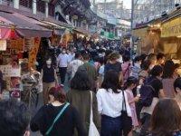 Japonya'da OHAL sona erdi… Sokaklar doldu taştı