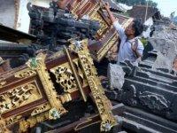 Endonezya'da deprem: 3 ölü