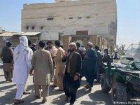 Afganistan'da camiye intihar saldırısı