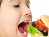 Fast-Food Yiyecekler Çocuk Gelişimini Etkiliyor!