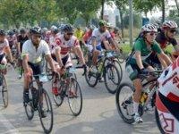 3 gün sürecek olan bisiklet sürüşü etkinliği ile ihtiyaçlı çocuklara yardımda bulunacak