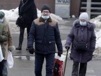 Ukrayna'da günlük en yüksek Kovid-19 kaynaklı ölüm sayısı kaydedildi