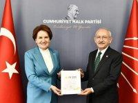 Akşener ile Kılıçdaroğlu görüştü: 'Parlamenter sisteme ilişkin çalışmayı CHP'ye taktim ettik'
