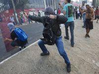 Brezilya'da protestocular polisle çatıştı