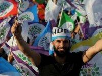 """HDP, """"Demokrasi İttifakı"""" arayışına hız verdi"""