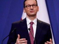 Polonya Başbakanı Morawiecki: AB kafamıza silah dayıyor