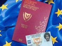 """İki çocuğa """"Kıbrıs Cumhuriyeti"""" vatandaşlığı verilmesi konusu Kıbrıs Rum Bakanlar Kurulu'nda"""