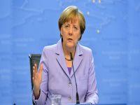 Merkel Yunanistan'a sert çıktı!