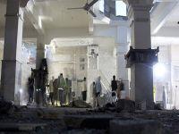 Halep'te camiye 'varil bombalı' saldırı