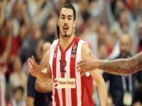 Nikola Kalinic resmen Fenerbahçe'de