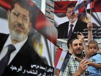 Bosna, Filistin ve Yemen halkı Mursi'ye destek için sokakta
