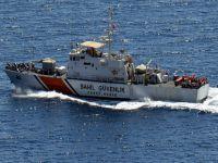 Kaçakları taşıyan tekne alabora oldu
