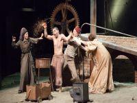 """İBB Şehir Tiyatroları """"Çürük Temel"""" ile 100 yıl öncesine götürdü"""
