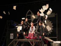 Festival'de sahne bu kez Lefkoşa Belediye Tiyatrosu'nundu