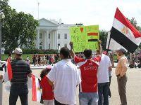 Beyaz Saray önünde Mursi'ye destek gösterisi