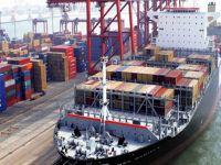 Dış ticaret açığı yarı yarıya azaldı