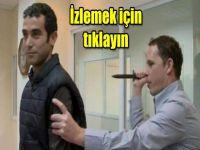 Canlı yayında gazeteciyi bıçakladı