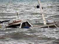 Endonezyalı işçileri taşıyan tekne battı: 32 kayıp