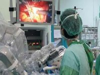 Robot yaptı, doktorlar izledi!