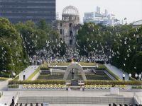 Hiroşima'da anma töreni